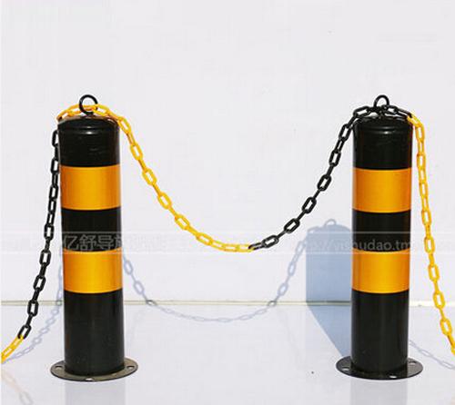 固定式反光钢管警示柱.jpg